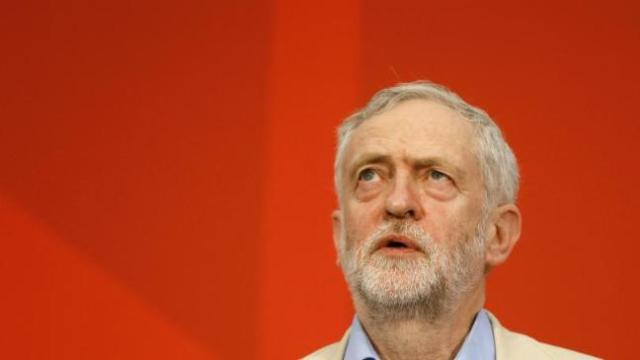 labour-anti-semitism-row-piles-pressure-on-jeremy-corbyn-to-take-further-action-136405604883403901-160429002008.jpg
