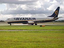 220px-Ryanair_Boeing_737-800_At_Manchester_International_Airport.jpg